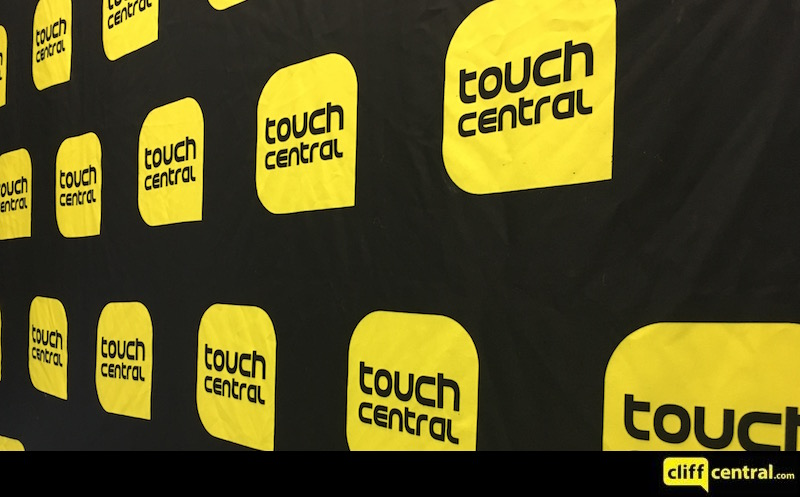 16091TOUCHCENTRAL_0478