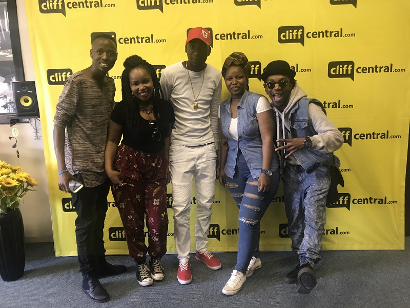 170811CLIFFCENTRAL_20SOMETHING