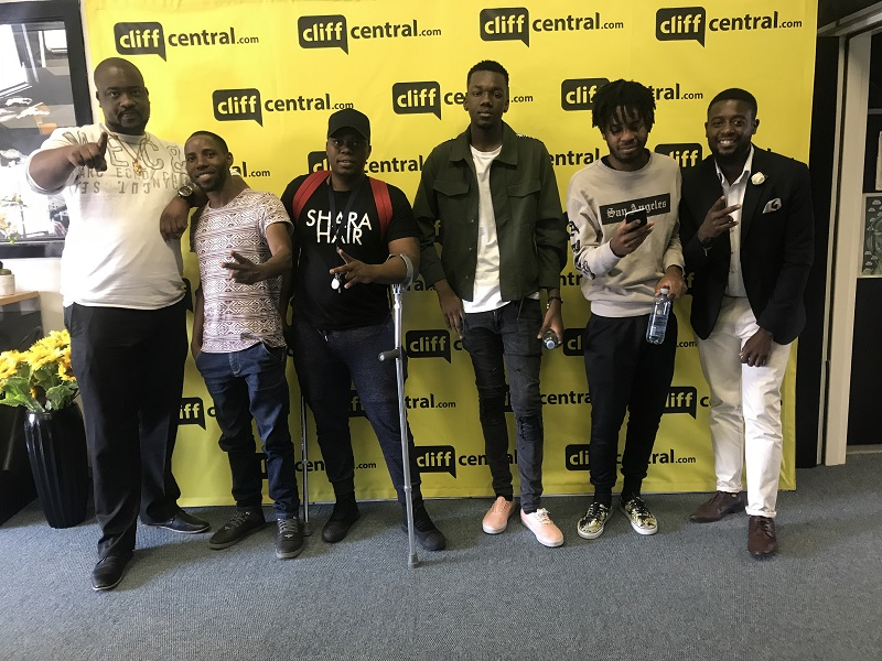 170908cliffcentral_noborders